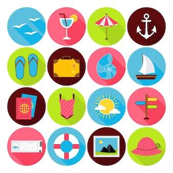 Set di icone estive piatte. icone di vacanza, viaggio e mare a forma di cerchio stilizzato piatto vettoriale con lunga ombra