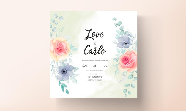 Modello di invito matrimonio floreale con bellissimi fiori e decorazioni di foglie