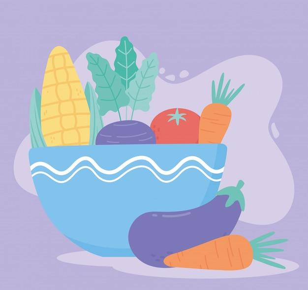 Alimento verdure fresche mais melanzane carote pomodoro in una ciotola blu