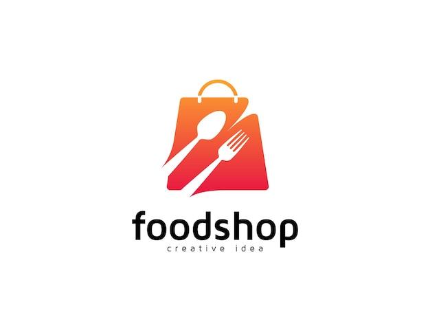 Logo del negozio di alimentari con forchetta, cucchiaio e illustrazione della borsa della spesa