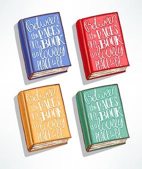 Quattro libri disegnati a mano di diversi colori con la citazione in copertina