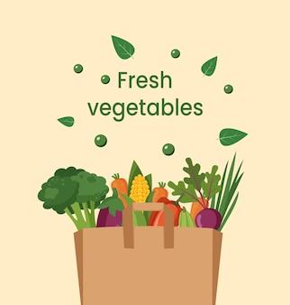 Verdure fresche in sacchetto di carta