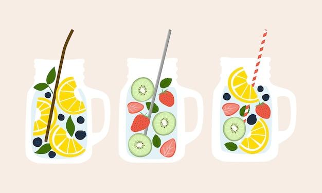 Acqua infusa di frutta in tazze in barattolo di vetro con raccolta di elementi di cannucce di varietà