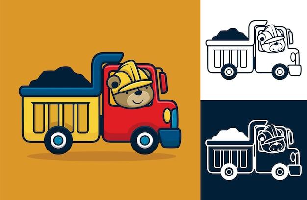 Orso divertente che indossa il casco alla guida del camion. illustrazione del fumetto di vettore nello stile dell'icona piana