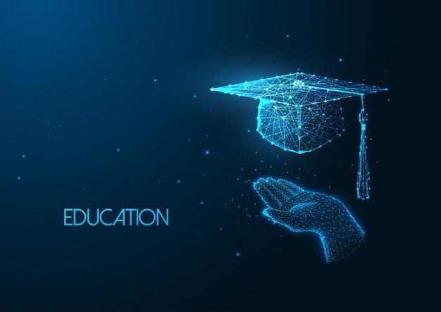Concetto di educazione futuristica con berretto di laurea tenendo la mano umana poligonale incandescente