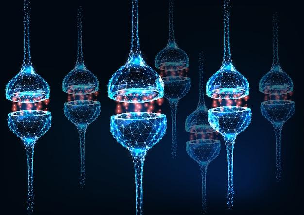 Sinapsi di neuroni poligonali bassi incandescente futuristici su sfondo blu scuro.