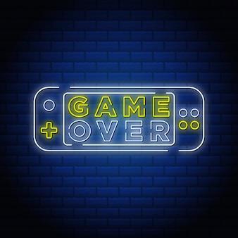 Game over testo in stile insegna al neon.