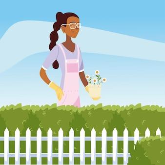 Giardinaggio, donna con fiori in cespugli di vaso e illustrazione del giardino di recinzione