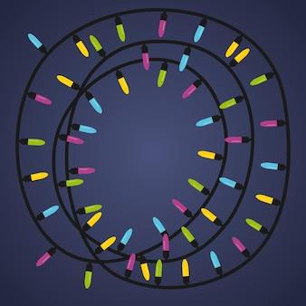 Ghirlanda con luci colorate. la ghirlanda è a forma di cerchio.