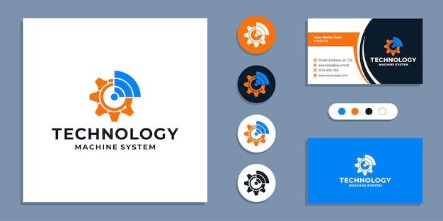 Ingranaggio con wifi, logo della macchina tecnologica e modello di progettazione del biglietto da visita