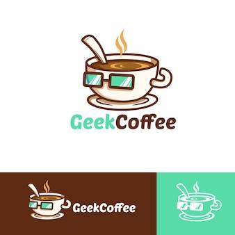 Modello di logo della mascotte del caffè geek