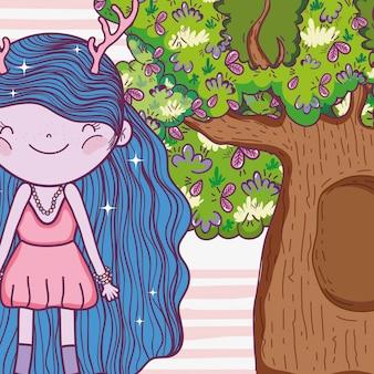 Ragazza fantastica creatura con palchi e case sugli alberi