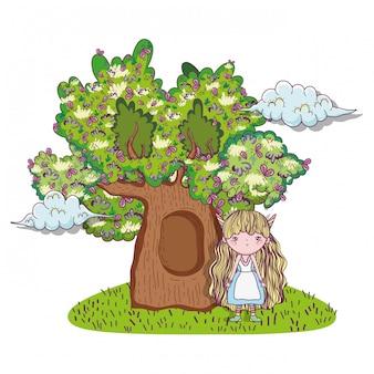 Ragazza fantastica creatura con case sugli alberi