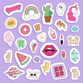 Ragazza moda simboli adesivi patch simpatici distintivi colorati divertenti icone dei cartoni animati pony corno cavallo labbra