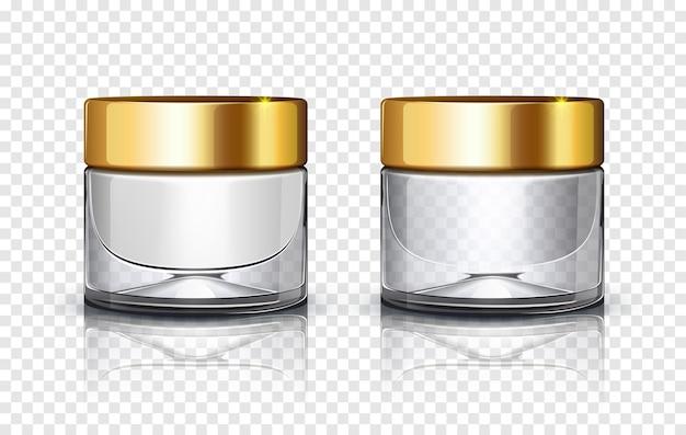 Vaso cosmetico in vetro con coperchio dorato isolato su sfondo trasparente.