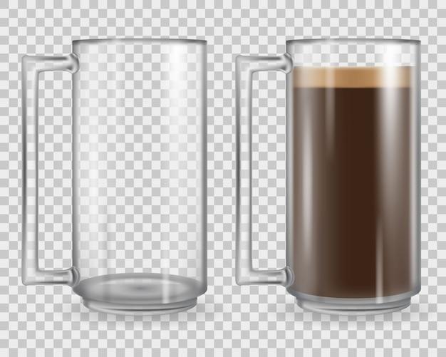 Tazza di vetro isolato su sfondo trasparente.