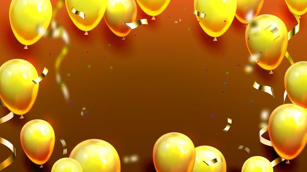 Palloncini dorati lucidi e poster di coriandoli