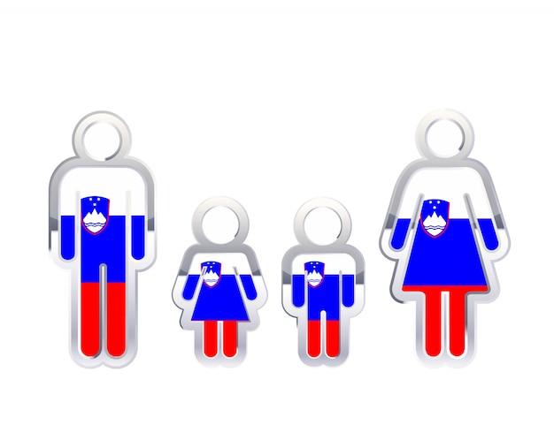 Icona lucida del distintivo del metallo nelle forme dell'uomo, della donna e dei bambini con la bandiera della slovenia, elemento infographic su bianco