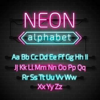 Lettere dell'alfabeto al neon incandescente