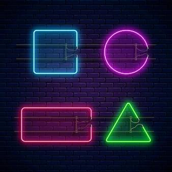 Incandescente neon incornicia forme geometriche. set di banner di luce al neon.