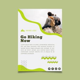 Modello di poster per escursioni a piedi