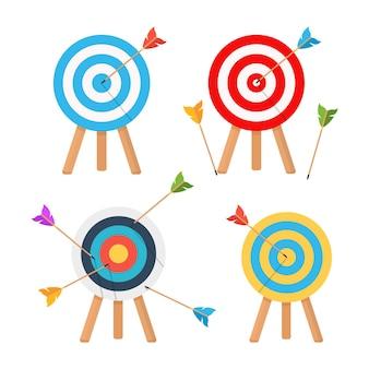 Raggiungimento dell'obiettivo precisamente sul bersaglio, tiro con l'arco.