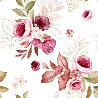 Modello senza cuciture floreale oro di rose acquerello bordeaux e pesca e composizioni di fiori selvatici