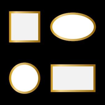 Cornice dorata su uno spazio bianco vuoto isolato su sfondo nero