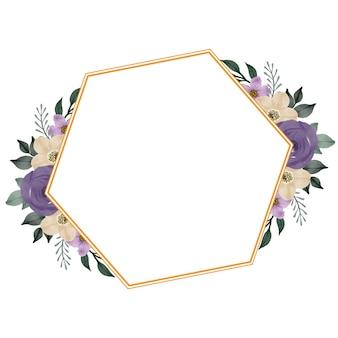 Cornice dorata con bouquet di rose viola per invito a nozze