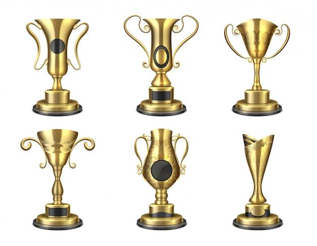 Trofeo d'oro coppa isolata realistica, modelli di design premio, premio stella vincitore del concorso 3d. set ricompensa leader d'oro Vettore Premium