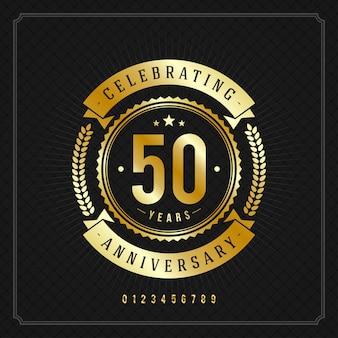 Distintivo di messaggio anniversario d'oro vintage con nastri e corona