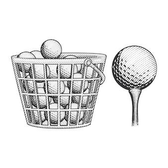 Pallina da golf nel cestino