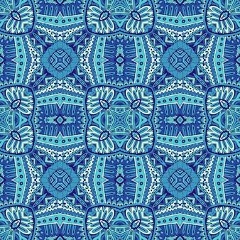 Splendido motivo decorativo senza soluzione di continuità da piastrelle orientali blu e bianche, ornamenti.