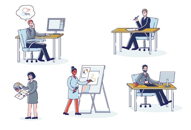 Graphic designer che lavorano.