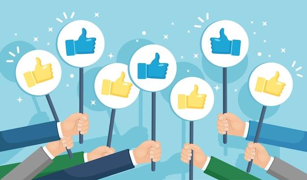 Gruppo di uomini d'affari con i pollici in su. social media. buona opinione. testimonianze, feedback, concetto di recensione del cliente.