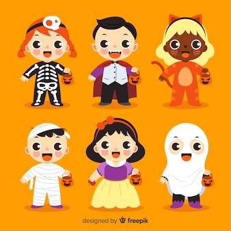 Collezione bambino halloween su design piatto Vettore Premium