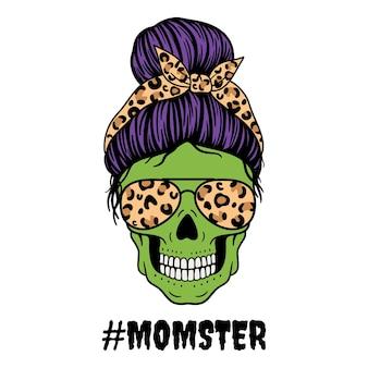 Mamma di halloween teschio femminile con bandana con occhiali da aviatore e stampa leopardatateschio di mamma con chignon disordinato