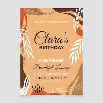 Modello di invito di compleanno di forme astratte disegnate a mano