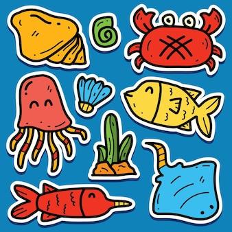 Disegno dell'autoadesivo di doodle del pesce del fumetto disegnato a mano Vettore Premium