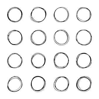 Insieme di schizzo di linea cerchio disegnato a mano. circolare scarabocchio scarabocchio cerchi rotondi, cerchi rounds bubbles