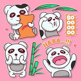 Disegnato a mano di simpatico panda isolato sul rosa