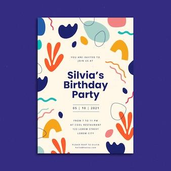 Modello di invito di compleanno di forme astratte piatte disegnate a mano