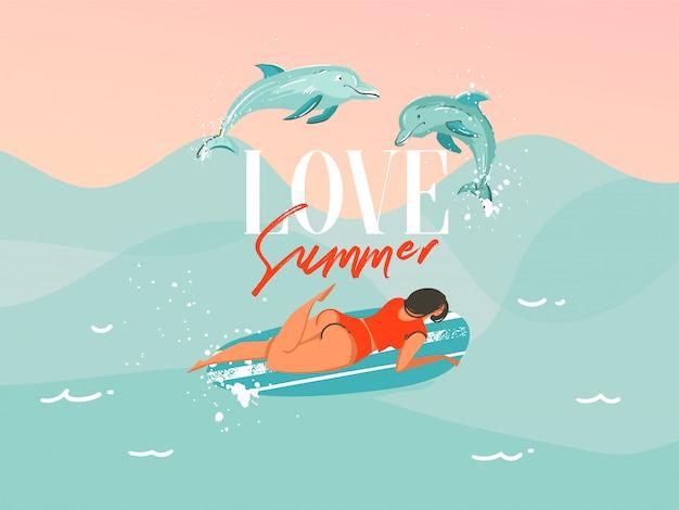 Illustrazione disegnata a mano con una donna praticante il surfing di nuoto del costume da bagno con delfini di salto sul fondo blu dell'onda di oceano