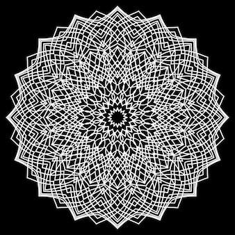 Mandala rotonda in pizzo ornamentale orientale monocromatico disegnato a mano per l'uso in t-shirt di design, biglietti d'epoca, inviti a una festa, poster, brochure, album regalo, copertina o pagine di album