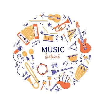 Insieme disegnato a mano di diversi tipi di strumenti musicali