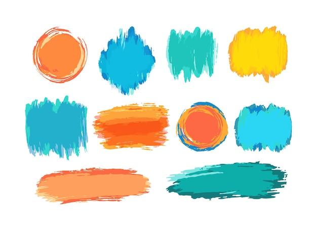 Sfondi di tratti di pennello vettoriali disegnati a mano. macchie di vernice di colore, set di pennellate ad acquerello