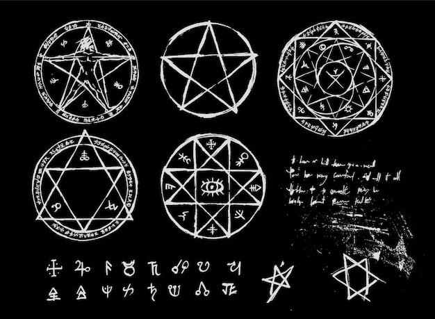 Accumulazione del cerchio magico di stregoneria disegnata a mano. pentagramma e cerchio rituale.