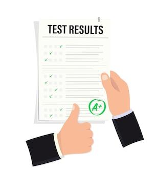 La mano tiene un foglio di esame con un voto eccellente. segno di successo di test. buon studio. successo di prova. risultato dell'esame, voto a più. pollice su Vettore Premium