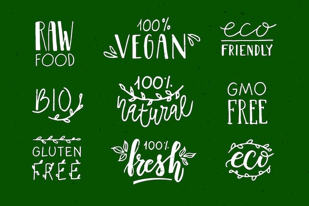 Distintivi ed etichette disegnati a mano con vegetariani vegani crudi eco bio freschi senza glutine e senza ogm