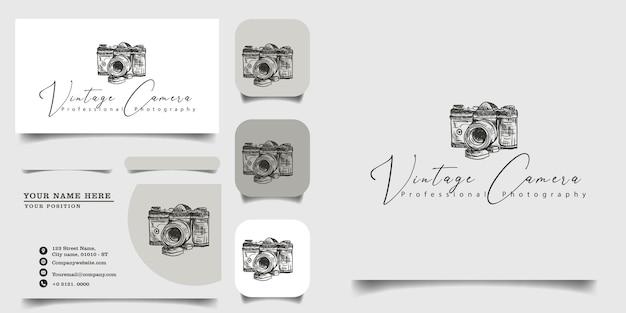 Modello di logo vintage disegnato a mano e biglietto da visita